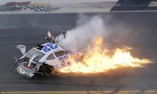 wallpaper engine keeps crashing massive fiery car wreck during nascar race at daytona