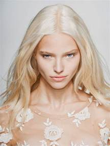 platinum hair how and why i went platinum blonde at home beautyeditor