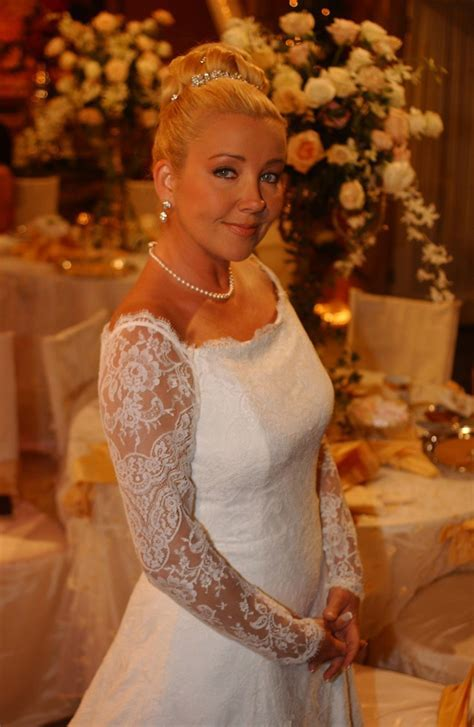 Y and R Nikki in her wedding dress to wed Victor #3   Tv