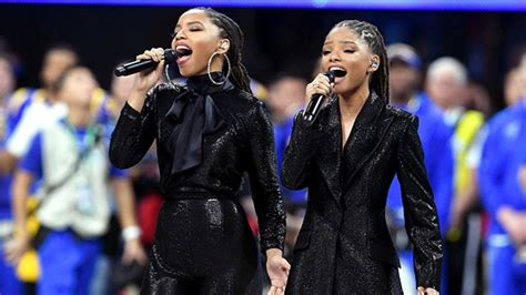 chloe and halle bailey national anthem gladys knight opens super bowl 53 with stunning national