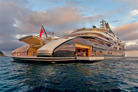 yacht hits boat prince buys 163 300m boat as austerity hits home theyachtmarket