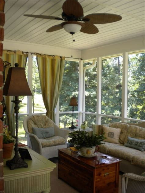 Screened Porch Decorating Ideas by 25 Best Ideas About Screened Porch Decorating On