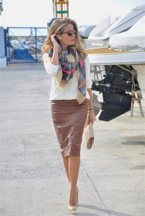 colored leather skirts and how to wear them 2018