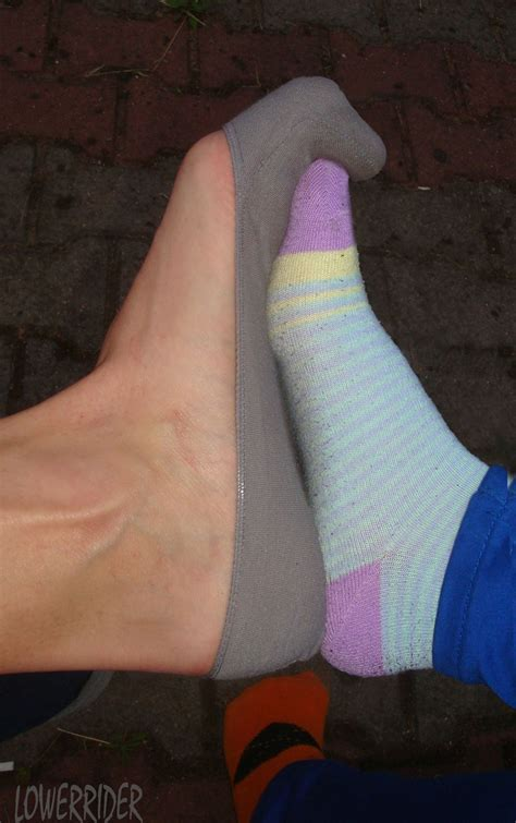 i love long toes ilovelongtoes photos and videos of hania socks by lowerrider on deviantart