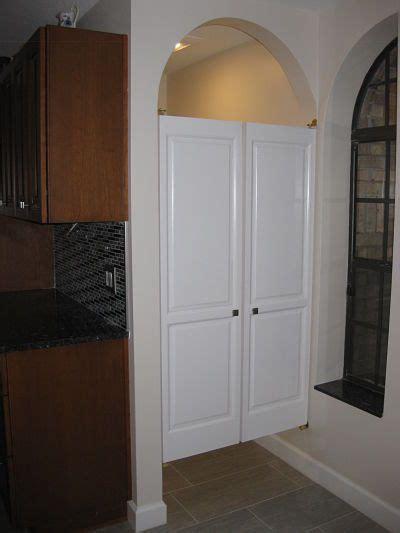 unique door   bathroom cafe door