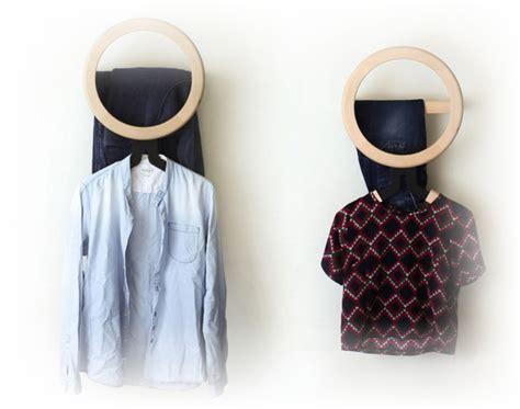 Gantungan Baju Unik Dari Kaset desain rumah kayu unik gaya jepang desain rumah unik