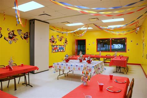 themed birthday party places indoor birthday parties naperville il players indoor
