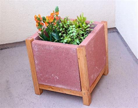 diy patio paver planter easy diy project build a paver planter brite and bubbly