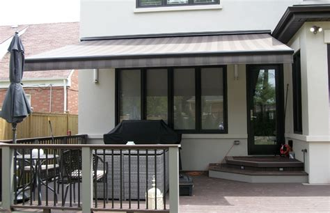 awning a deck rolltec 174 retractable awnings