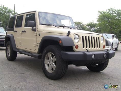 tan jeep wrangler what color rims should i get with gold tan jeep sahara