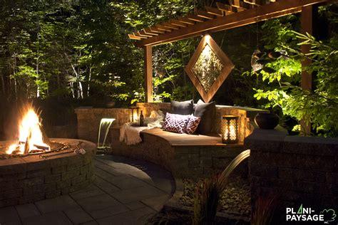 pergola avec banc banc de jardin avec jardin aquatique
