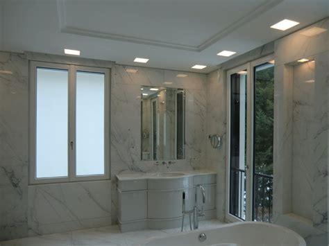 licht im badezimmer leuchten f 252 r badezimmer ideen design ideen