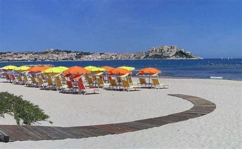 Les plages entre Calvi, Ile Rousse et Lozari, les perles de la Balagne   Plages de Corse