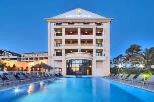 Hotel De Luxe Marseille 792 by H 244 Tel De Luxe 224 Marseille H 244 Tels 3 4 Et 5 233 Toiles