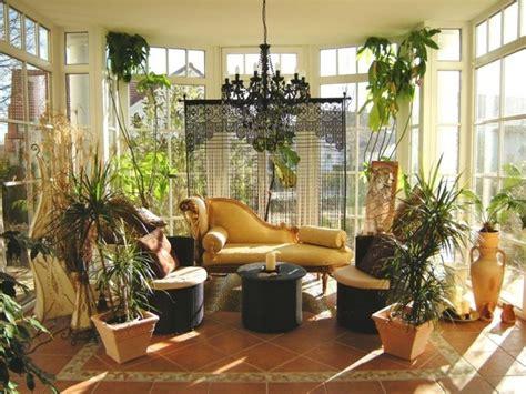 wintergarten veranda 44 ideen f 252 r einladenden veranda wintergarten archzine net