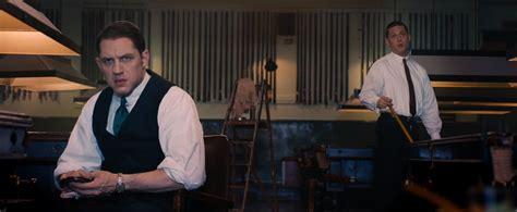 gangster inglese film legend due gangster e un solo tom hardy nel trailer