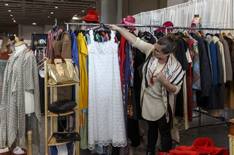 toronto vintage clothing show vendors tell the stories