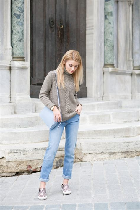 roll neck  turtleneck trend outfits wed wear