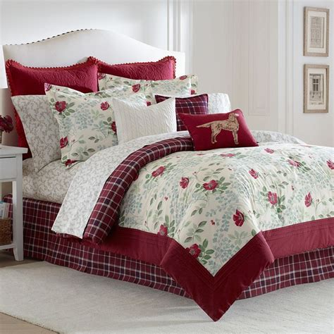 ashley comforters 78 best laura ashley bedding images on pinterest quilt