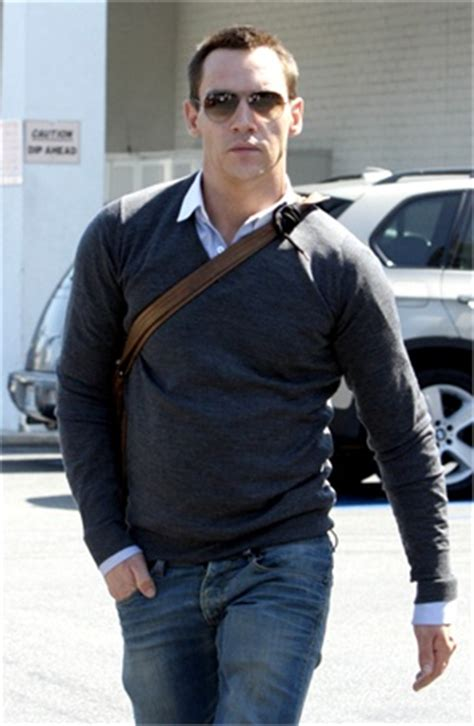 Jonathan Rhys Meyers Enters Rehab by Dailyleaks Bullock Abandons Step