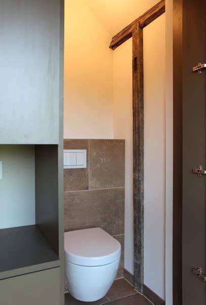 wandschrank neu streichen wc schrank free schrank with wc schrank top wc schrnke
