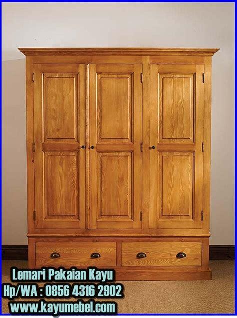 Lemari Arsip Kayu 3 Pintu lemari pakaian 3 pintu kayu lemari pakaian kayu jati