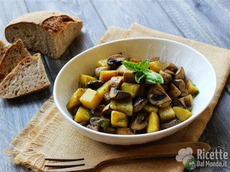 come cucinare patate in padella funghi e patate in padella ricettedalmondo it