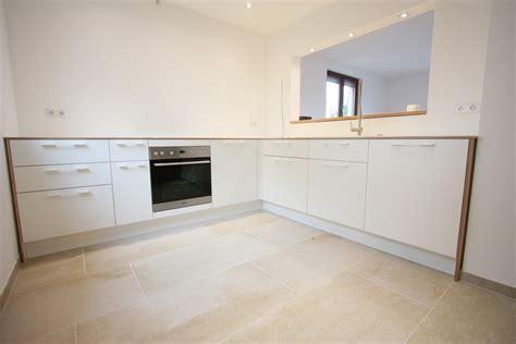 küchenmöbel weiß hochglanz farbe f 252 r schlafzimmer nach feng shui
