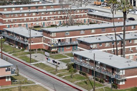 what is public housing why is the u s losing public housing jstor daily