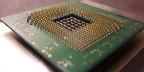 suppose a transistor on an integrated circuit chip were 2 microns in size intel s 2016 chip line up will put s on hold gizmodo australia