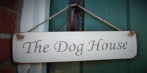 dog house hanging sign  rope hanging signs