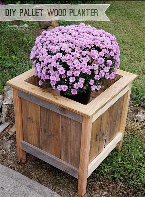 Wood Pallet Planter Box by 30 Creative Diy Wood And Pallet Planter Boxes To Style Up