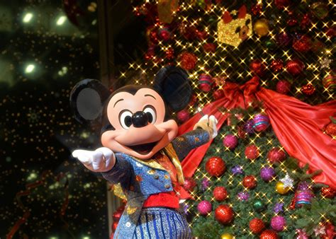 disney merry tickets these are the exclusive perks included in disney s new