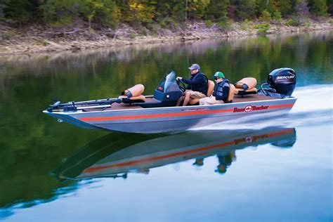 bass pro boats tracker tracker boats bass panfish boats 2018 bass tracker