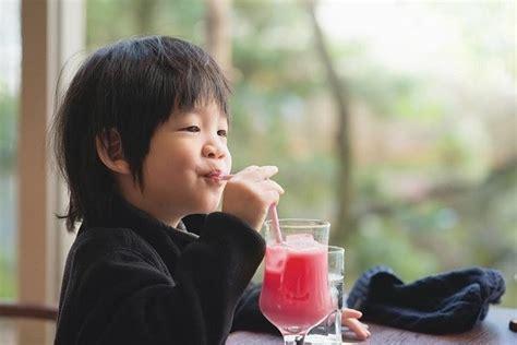 Propolis Untuk Menguatkan Sistem Imunitas Anak perkuat sistem imunitas anak untuk atasi demam berdarah