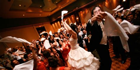 Wedding Entertainment by Top Wedding Entertainment Ideas For Destination Wedding