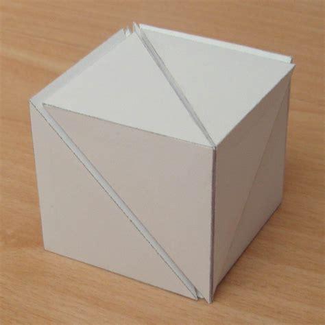 Paper Cubes - paper six pyramids that form a cube