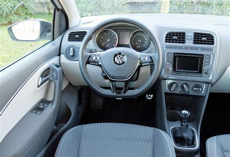 interni nuova polo comfortline prova volkswagen polo 1 0 autointhecity