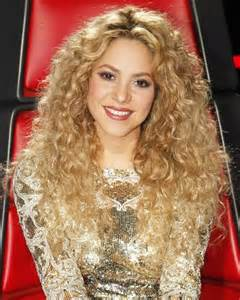 hairstyles on the voice the voice season 4 shakira s fashion and beauty looks