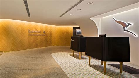 emirates qantas club qantas tightens lounge access rules for emirates