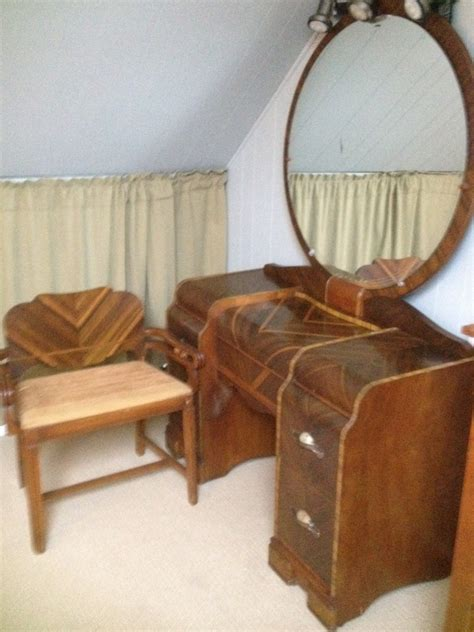 Vintage Bedroom Vanity With Mirror by Late 1920 S Deco Vintage Vanity With Chair Mirror