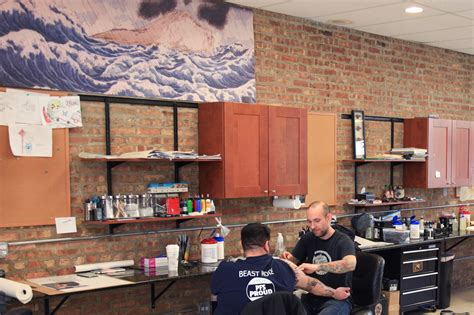 deluxe tattoo chicago shops for flash photorealism and more types of ink