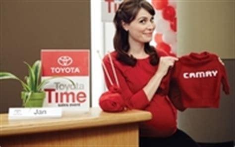 toyota commercial actress pregnant toyota and saatchi write ad star s pregnancy into popular