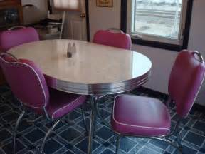 retro kitchen table and chairs cynful musings one dollar deals part 2