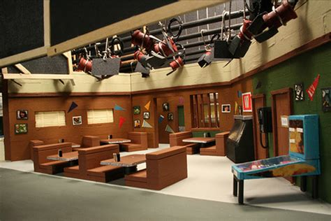 Happy Day Set awesome handmade tv set miniatures the wallbreakers