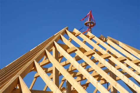 Wie Baue Ich Einen Dachstuhl 5999 by Zimmerei In Schwarzenbek Und Lauenburg Tomabau Einfach