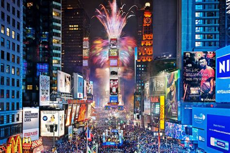 new year 2018 time times square new years 2018 live webcast
