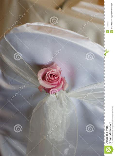 Stuhldekoration Hochzeit by Stuhldekoration An Einer Hochzeit Stockfotografie Bild