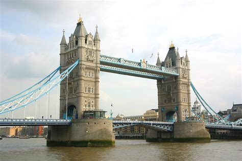 Tower Bridge popular destinations all around the world 5 most bridges to put a trip for sightseeing