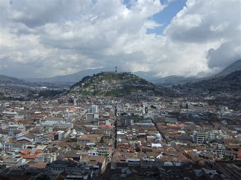 quito file virgen de quito jpg wikimedia commons